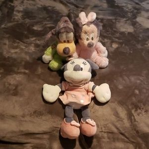 Disney Minnie and Goofy plush rattlers